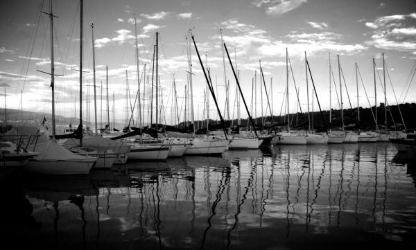 Segelboote im Hafen von Salo