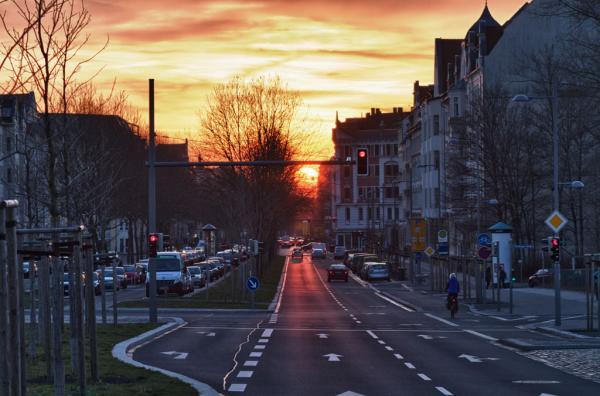 Kurt-Eisner-Straße: Sonnenuntergang