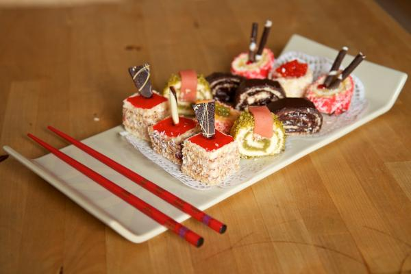 Süßes Sushi