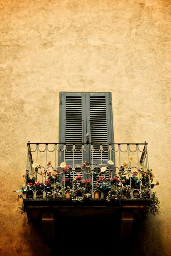 Volterra: Balkon