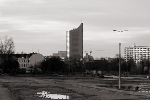 Kurt-Eisner-Straße: Uniriese