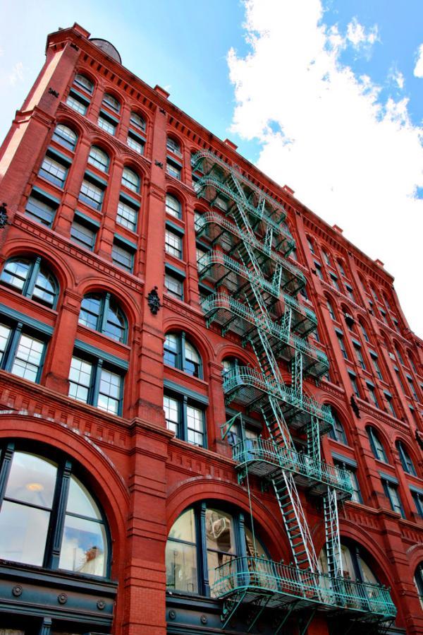 New York City: Schönes altes rotes Haus in Soho