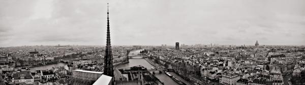Panorama: Blick von Notre-Dame nach Osten